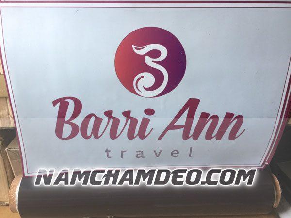 Logo nam châm dẻo dán xe Barri Ann Travel